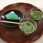 京都の老舗和菓子店の 本葛を使った生菓子 ぷるるんな食感がたまりませんでした!