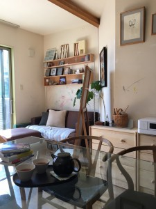 この眺め大好き! 大好きな Yチェアと お気に入りのタイム&スタイルのソファ